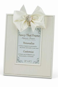 CREAM STRIATED FRAME